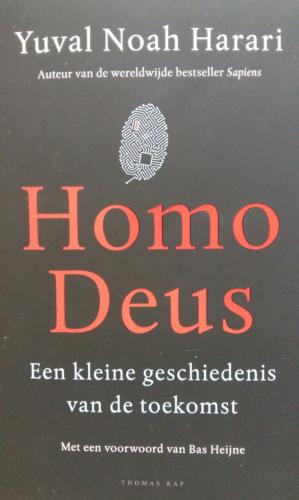 Homo-Deus-staand